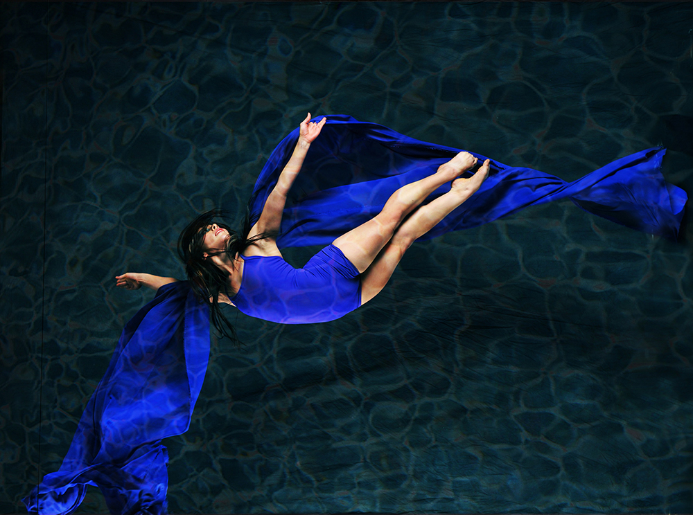 elisa_cavalero_ed-flores_dreaming-in-water_scorpius