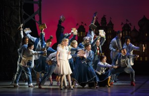 The National Touring Company of Wicked_(Photo by Joan Marcus 2015)